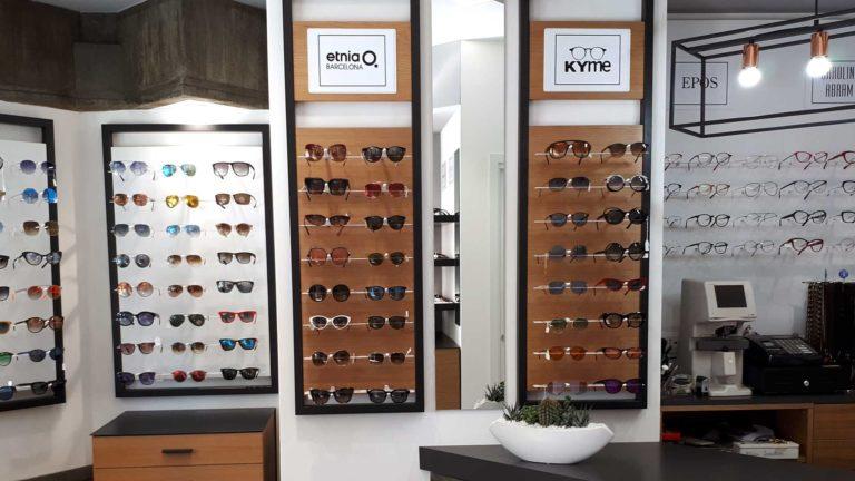 espositore occhiali ottica impallara anzio